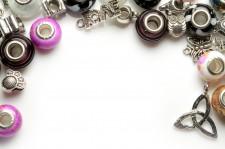 Bijoux et porte bijoux
