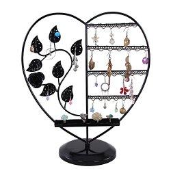 Un présentoir à bijoux en forme de cœur