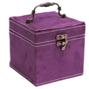 Magnifique boite à bijoux de couleur violet